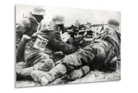 German Soldiers with MG42 General Purpose Machine Gun on a Tripod Mount--Metal Print