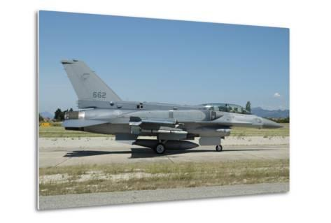 F-16D Falcon from the Republic of Singapore Air Force-Stocktrek Images-Metal Print