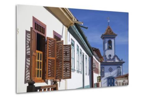 Colonial Architecture and Church of Amparo, Diamantina (Unesco World Heritage Site), Minas Gerais-Ian Trower-Metal Print