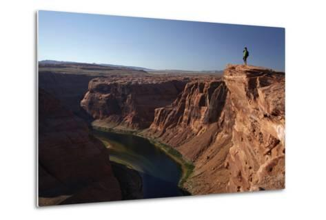 Arizona, Tourists at Overlook to the Colorado River at Horseshoe Bend-David Wall-Metal Print