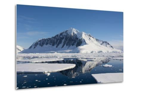 Antarctica. Antarctic Peninsula. the Gullet. Ice Floes and Brash Ice-Inger Hogstrom-Metal Print