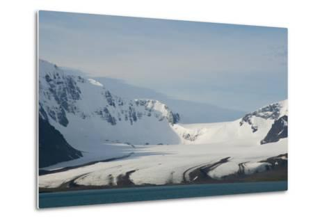 South Georgia. Bay of Isles. Glacier Coming Down from the Mountains-Inger Hogstrom-Metal Print