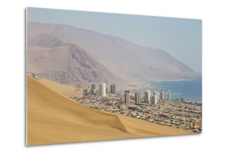 The City of Iquique, Chile, Sprawls Along the Base of Giant Sand Mountains-Mike Theiss-Metal Print