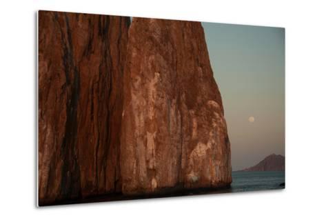 Moonrise Above Sleeping Lion Rock Off San Cristobal in the Galapagos-Karen Kasmauski-Metal Print