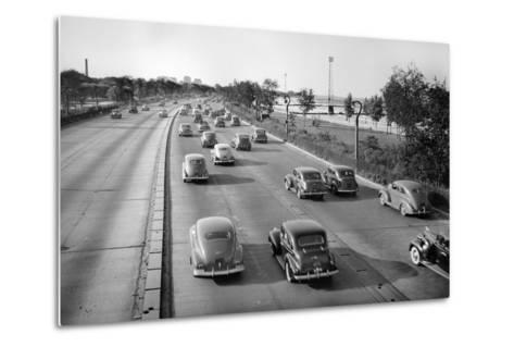 North Bound Lake Shore Drive in Chicago, Ca. 1946.-Kirn Vintage Stock-Metal Print