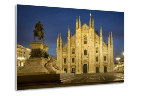 Vittorio Emanuele Statue and Cathedra, Milan, Lombardy, Italy-Brian Jannsen-Metal Print