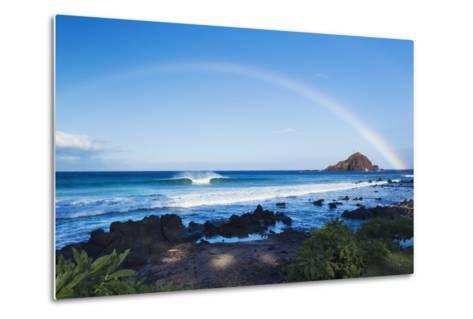 Hawaii, Maui, Hana, Dramatic Coastline, Rainbow over Ocean-Design Pics Inc-Metal Print