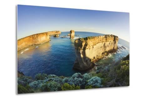 Coastline in Port Campbell National Park-Jon Hicks-Metal Print