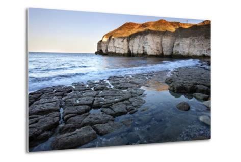 Thornwick Bay at Sunset-Mark Sunderland-Metal Print
