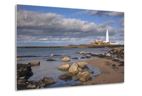 Lighthouse Scenic, Northumberland, England-Design Pics Inc-Metal Print