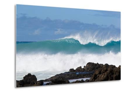 Hawaii, Maui, Laperouse, Beautiful Blue Ocean Wave-Design Pics Inc-Metal Print
