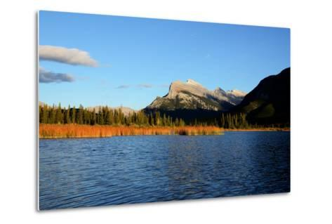 Mount Rundle and Vermilion Lakes in Autumn,Canadian Rockies,Canada-Tatsuo115-Metal Print
