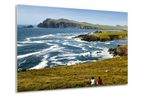 Sybil Head over Cloghter Bay in Kerry, Ireland-Chris Hill-Metal Print