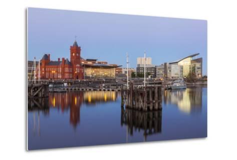 Cardiff Bay, Cardiff, Wales, United Kingdom, Europe-Billy Stock-Metal Print