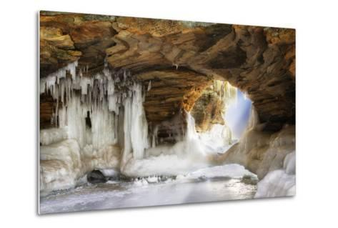 Ice Arch-dendron-Metal Print