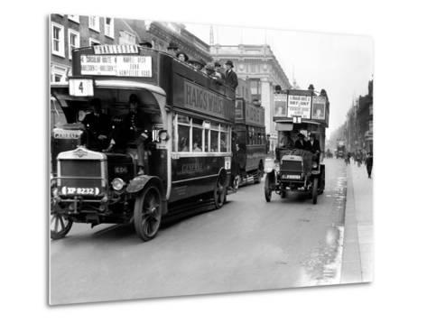 Buses Driven by Volunteers Seen Here in Oxford Street During the 10th Day of the General Strike-Staff-Metal Print