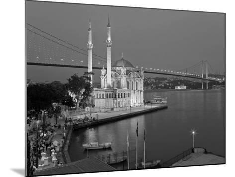 Bosphoros River Bridge and Ortakoy Camii Mosque, Ortakoy District, Istanbul, Turkey-Gavin Hellier-Mounted Photographic Print