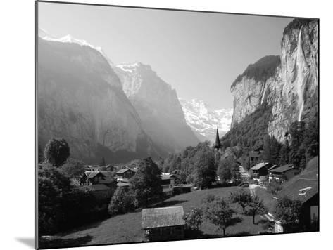 Lauterbrunnen and Staubbach Falls, Jungfrau Region, Swiss Alps, Switzerland, Europe-Roy Rainford-Mounted Photographic Print