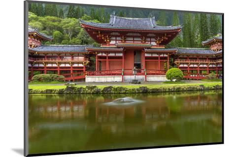 Byodo-In Buddhist Temple, Kaneohe, Oahu, Hawaii, USA-Charles Crust-Mounted Photographic Print