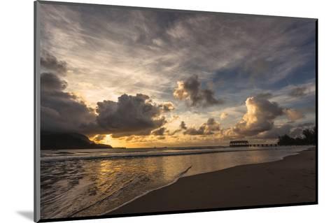 Sunset in Hanalei Bay, Kauai-Andrew Shoemaker-Mounted Photographic Print