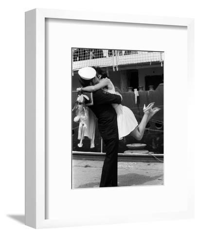 The Kiss--Framed Art Print