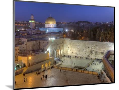 Jewish Quarter of Western Wall Plaza, Old City, UNESCO World Heritge Site, Jerusalem, Israel-Gavin Hellier-Mounted Photographic Print
