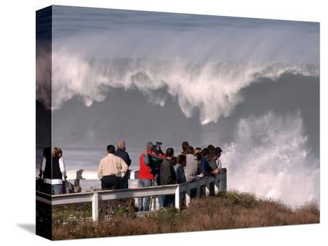 Spectators Line the Bluff at La Jolla Cove to Get a Good Look at the Large Surf in San Diego--Stretched Canvas Print