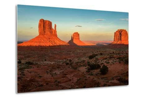 Monument Valley under the Blue Sky at Sunset-lucky-photographer-Metal Print