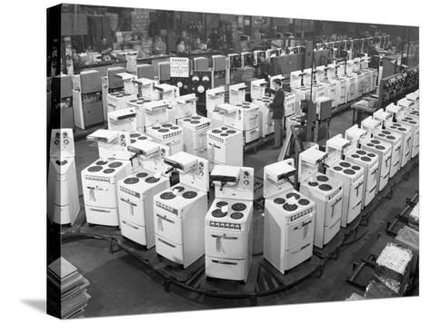 Quality Checking Cookers at the Gec Plant, Swinton, South Yorkshire, 1960-Michael Walters-Stretched Canvas Print