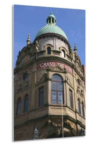 Grand Theatre, Blackpool, Lancashire-Peter Thompson-Metal Print