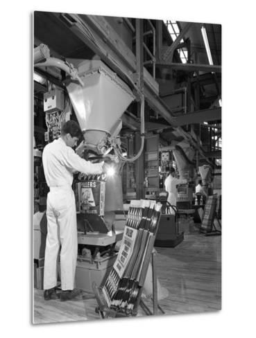 Bags Being Filled at the Spillers Animal Foods Plant, Gainsborough, Lincolnshire, 1962-Michael Walters-Metal Print