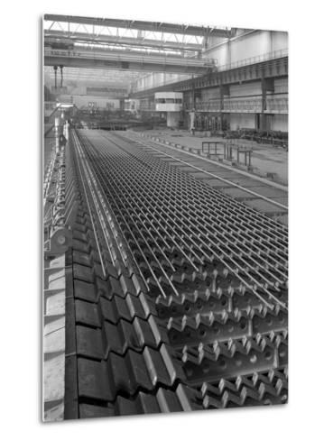 The Bar Mill Cooling Beds at the Brightside Foundry, Sheffield, South Yorkshire, 1964-Michael Walters-Metal Print