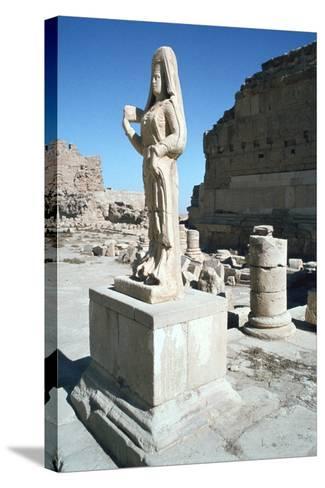 Statue of a Parthian Princess, Hatra (Al-Hadr), Iraq, 1977-Vivienne Sharp-Stretched Canvas Print