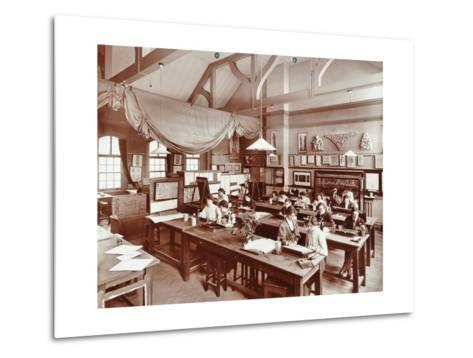 A Class at the Camberwell School of Arts and Crafts, Southwark, London, 1907--Metal Print