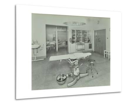 Operating Theatre, Lewisham Hospital, London, 1936--Metal Print