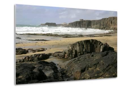Coastline Near El Cotillo, Fuerteventura, Canary Islands-Peter Thompson-Metal Print