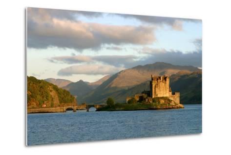 Eilean Donan Castle, Highland, Scotland-Peter Thompson-Metal Print
