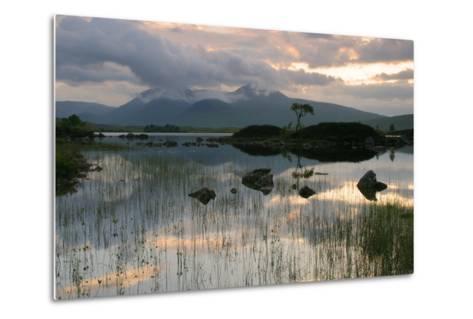 Black Mount, Argyll and Bute, Scotland-Peter Thompson-Metal Print