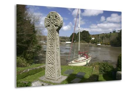 Celtic Cross, St Just in Roseland, Cornwall-Peter Thompson-Metal Print
