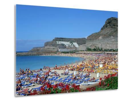 Playa Del Amadores, Gran Canaria, Canary Islands-Peter Thompson-Metal Print