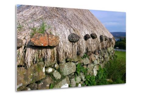 Black House, Colbost Folk Museum, Skye, Highland, Scotland-Peter Thompson-Metal Print