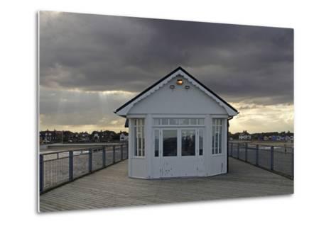 Pier, Southwold, Suffolk-Peter Thompson-Metal Print