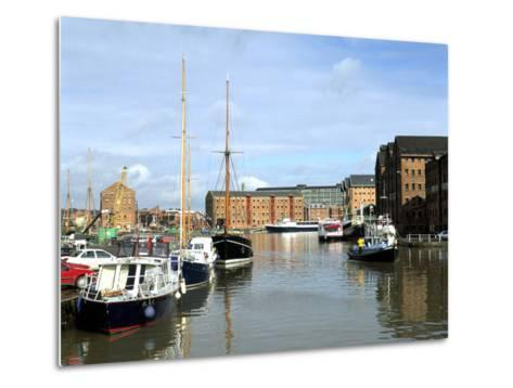 Gloucester Docks, Gloucestershire-Peter Thompson-Metal Print