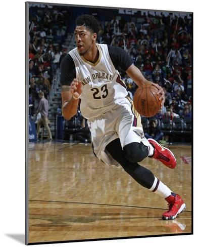 Los Angeles Clippers v New Orleans Pelicans-NBA Photos-Mounted Photo