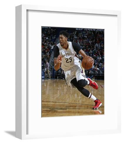 Los Angeles Clippers v New Orleans Pelicans-NBA Photos-Framed Art Print