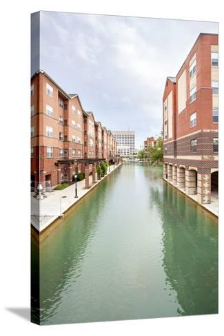 Indiana Central Canal, Indianapolis, Indiana, Usa-Sopotniccy-Stretched Canvas Print