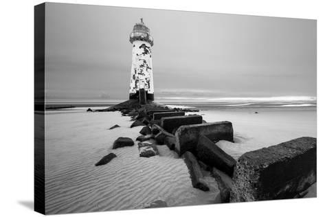Talacre Lighthouse Point of Ayr- cieniu1-Stretched Canvas Print