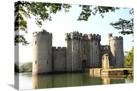 Bodiam Castle-Tony Baggett-Stretched Canvas Print