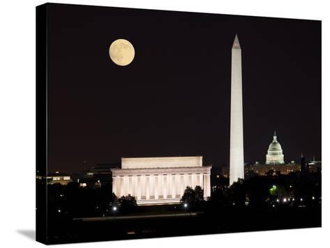 Moon Rising in Washington DC-BackyardProductions-Stretched Canvas Print