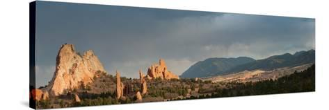 Garden of the Gods-urbanlight-Stretched Canvas Print